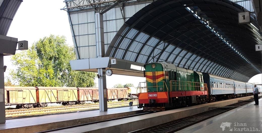 1-9-chisinau-juna-banneri