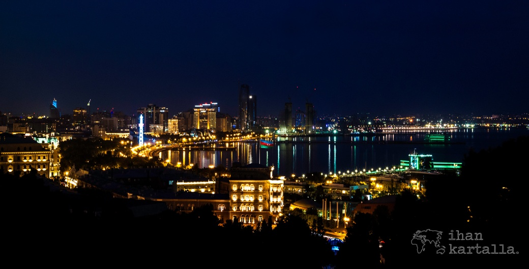 baku-by-night