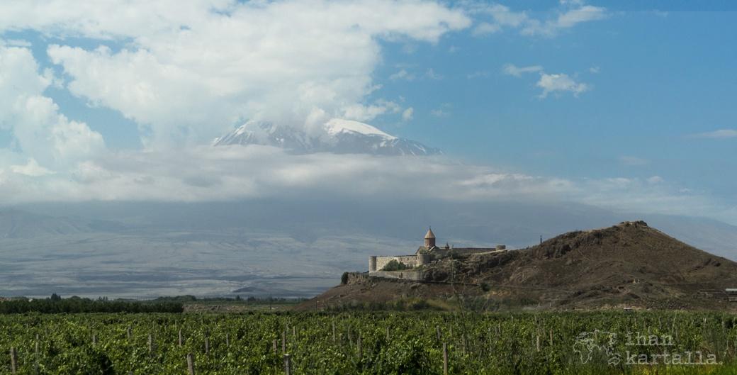 khor-virap-luostari-armenia