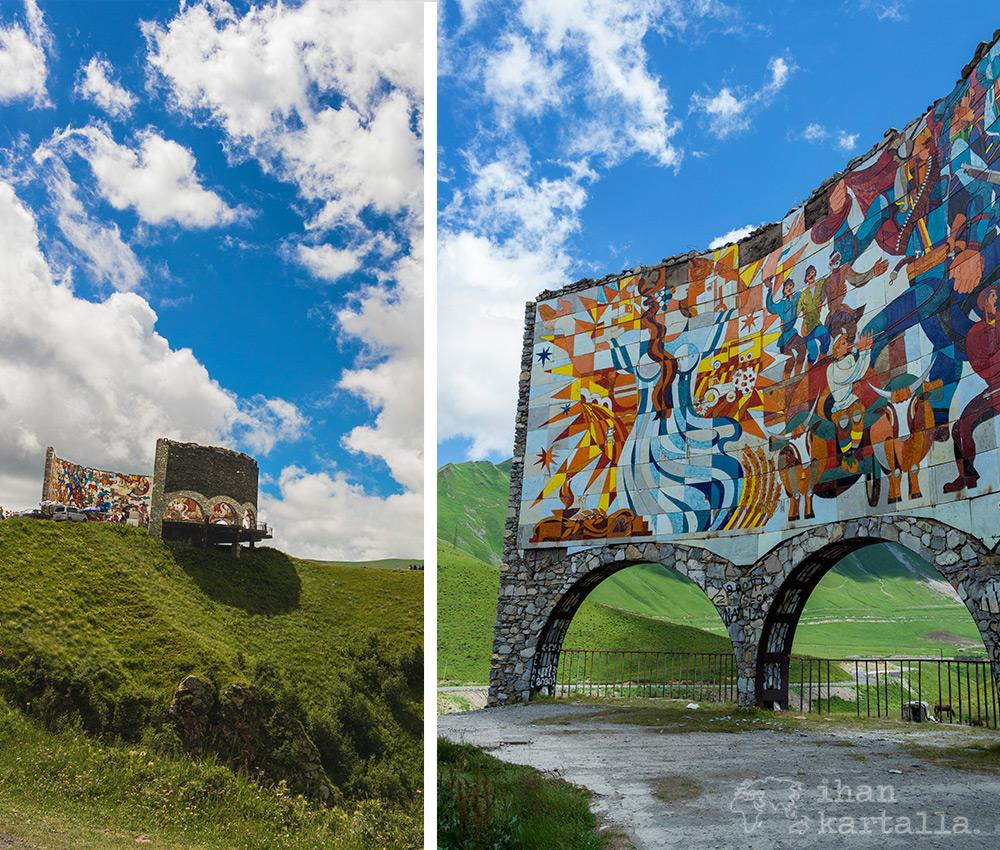treaty-of-georgievsk-monument