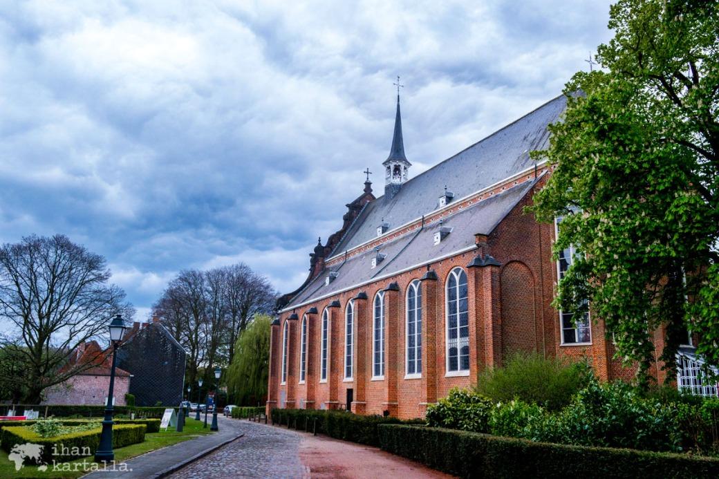 24-4-begijnhof-kirkko