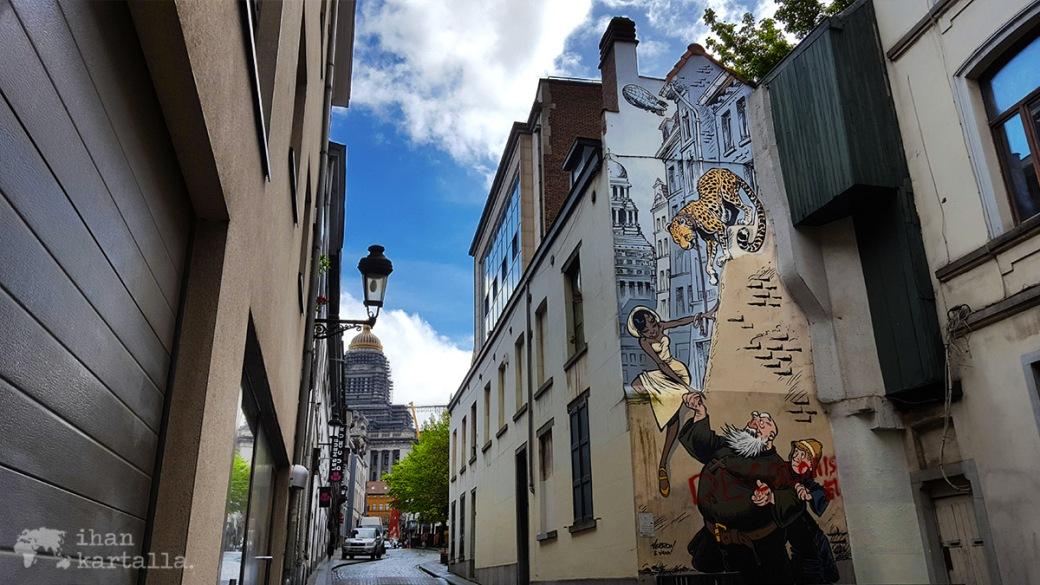 26-4-brysseli comic mural