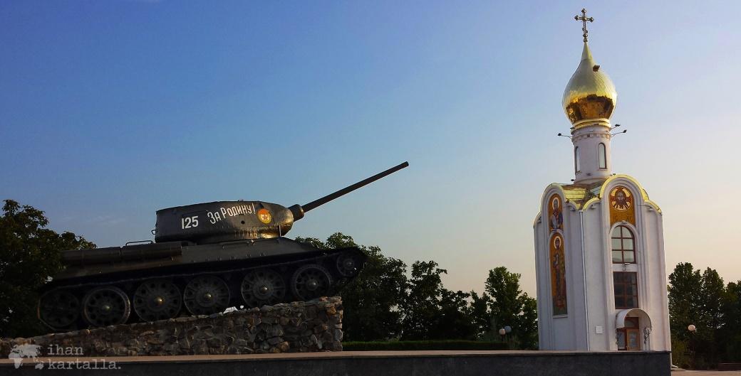 27-8-transnistria-banneri