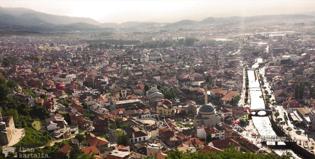 1-6-kosovo-banneri