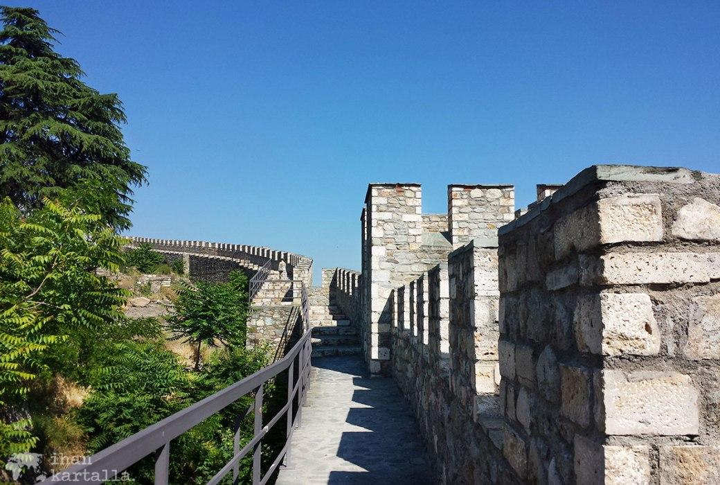30-5-skopje-linnoitus-portaat