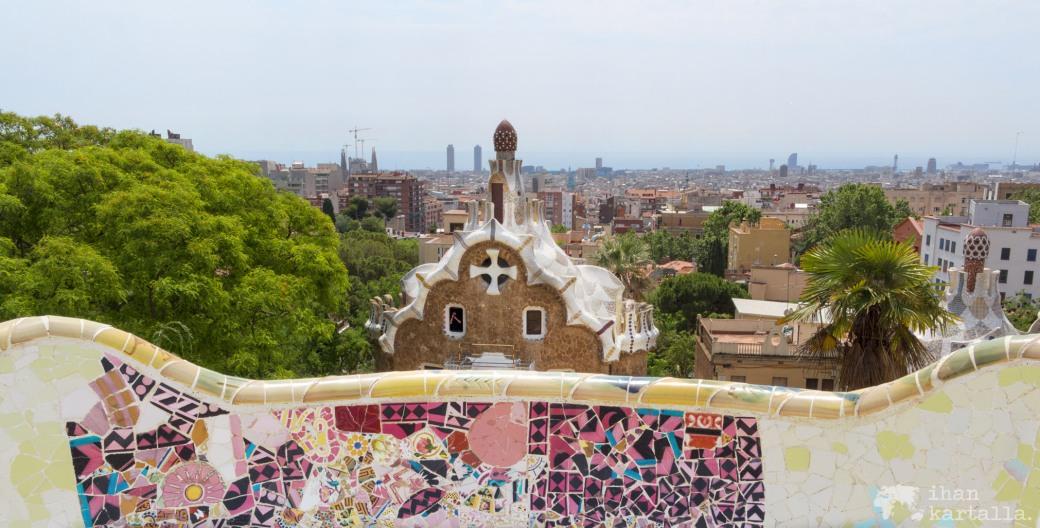 4-6-barcelona park guell banneri