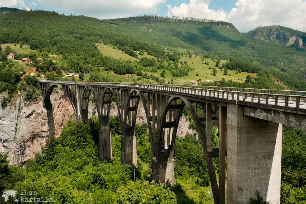 6-6-tara-canyon-silta