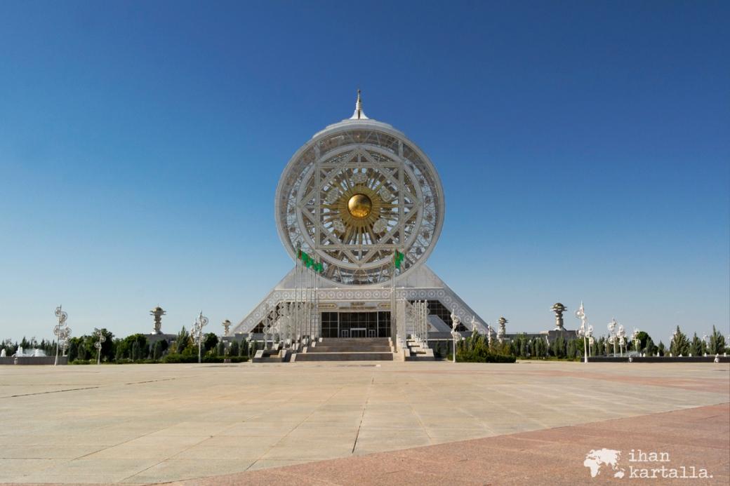 1-7 turkmenistan asgabat ferris wheel