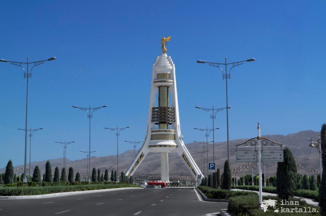 1-7 turkmenistan asgabat monument of neutrality