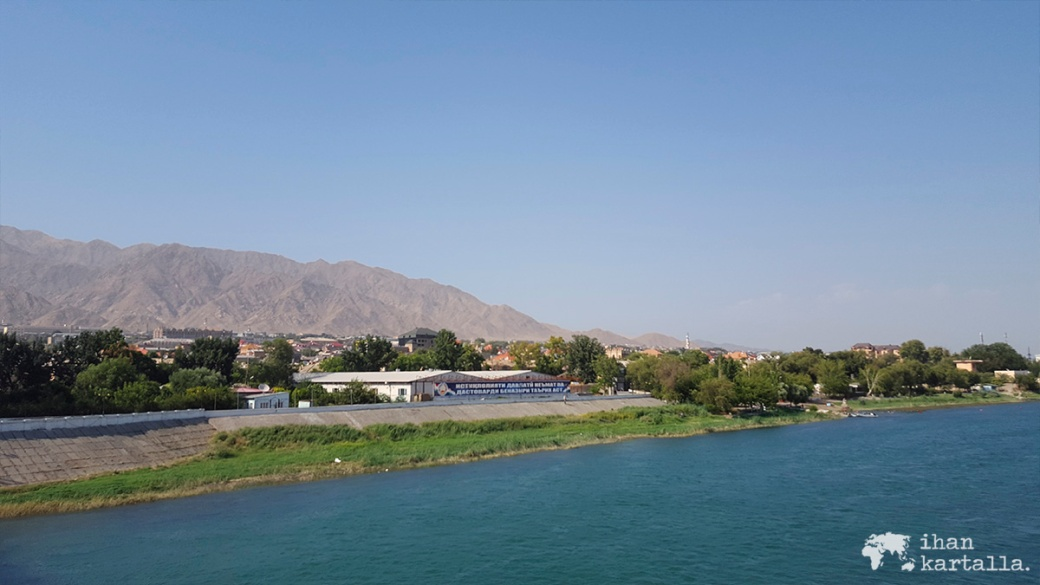 10-9 tadzikistan khujand syrdarja river