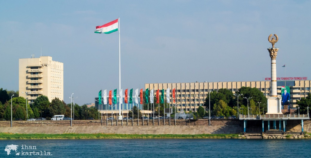 11-7 tadzikistan banneri