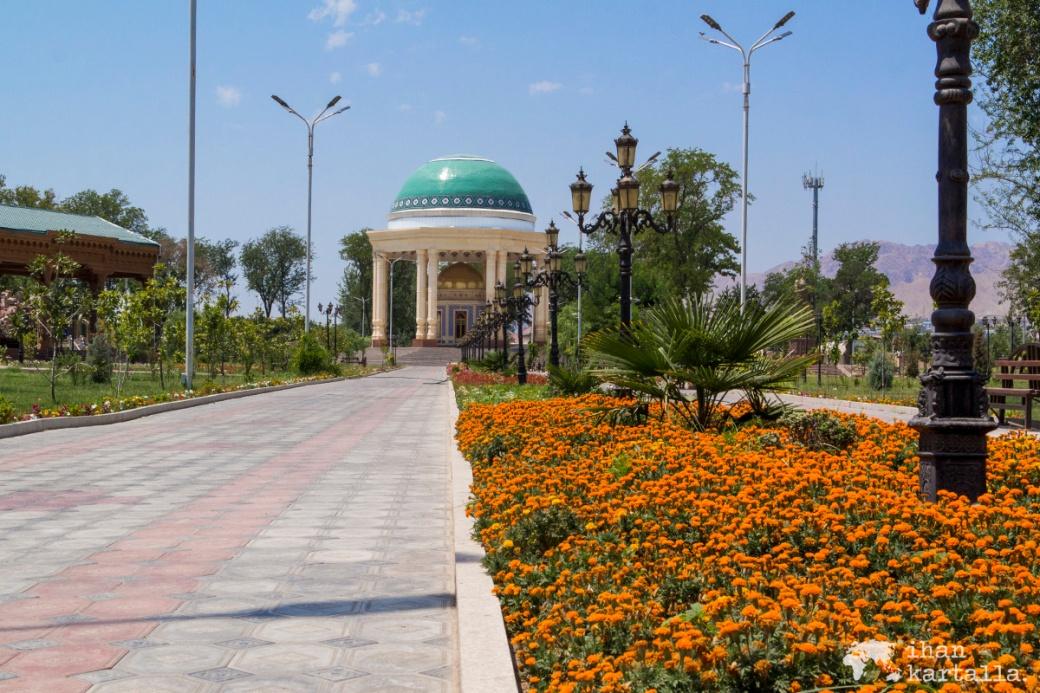 11-7 tadzikistan khujand Kamal Khujandi mausoleum