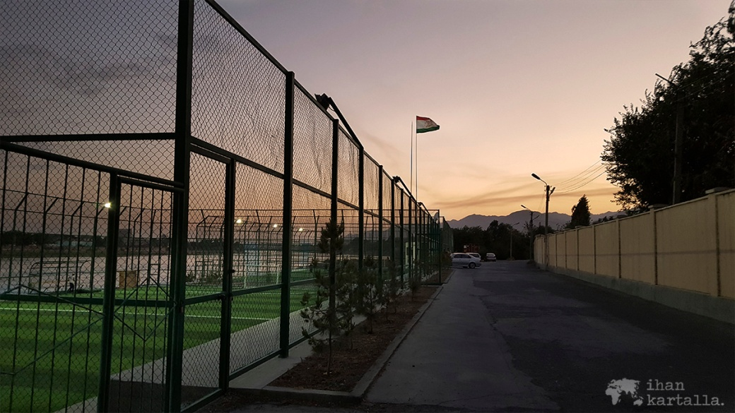 11-7 tadzikistan khujand pallokentta