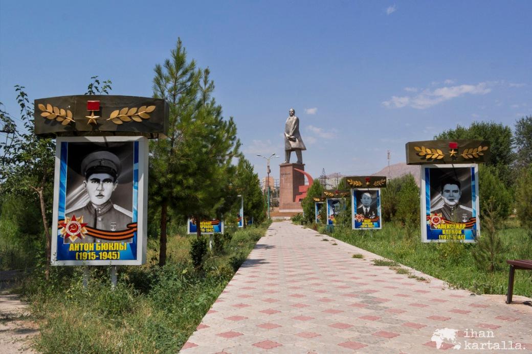 11-7 tadzikistan khujand victory park