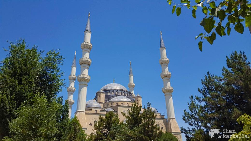 2-7 turkmenistan asgabat azadi moskeija