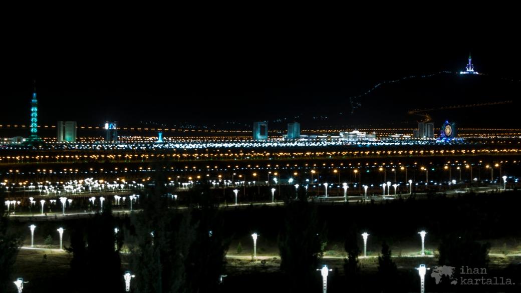 2-7 turkmenistan asgabat by night