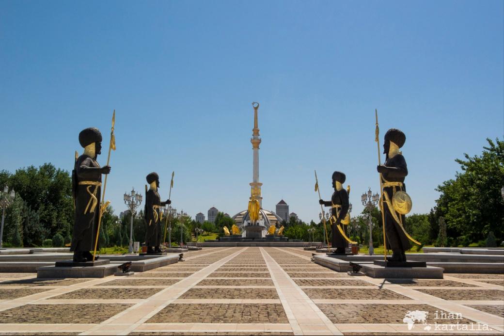 2-7 turkmenistan asgabat indepence-park