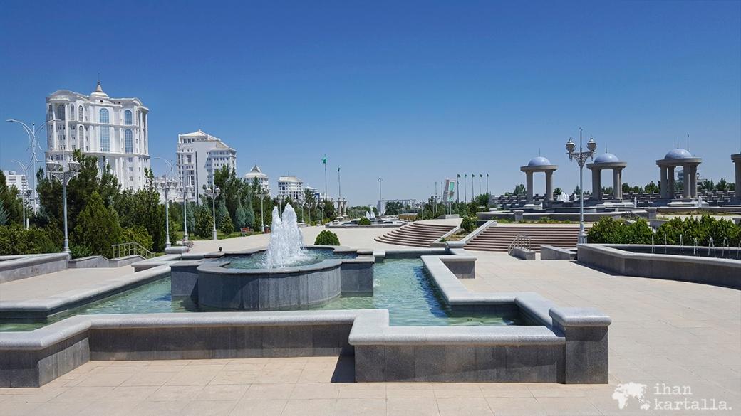 2-7 turkmenistan asgabat indepence puisto
