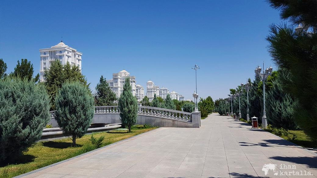 2-7 turkmenistan asgabat indepencepark