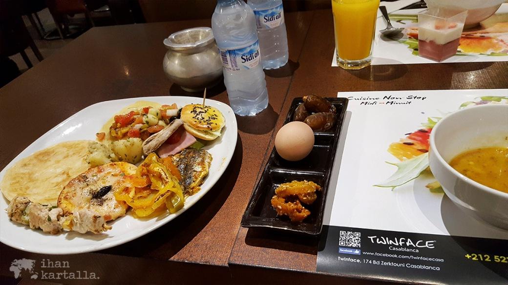 27-5 casablanca ravintola