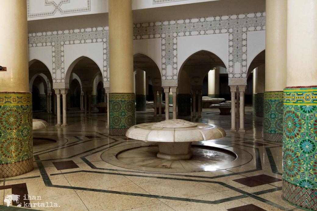 28-5 casablanca hassan2 moskeijassa