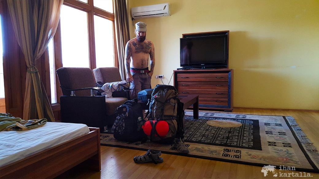 3-7 turkmenistan ashgabat hotellilla