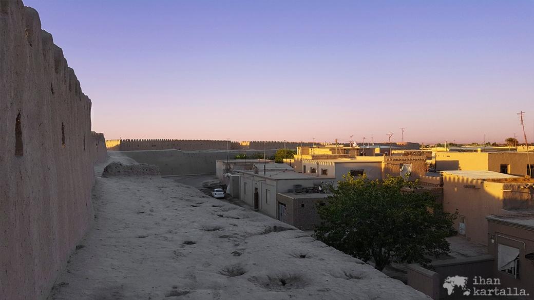 4-7 uzbekistan khiva Itchan Kala wall