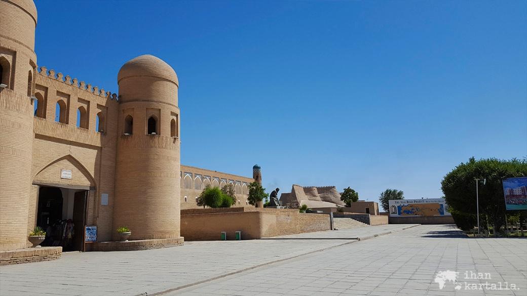 5-7 uzbekistan khiva itchan kala west gate