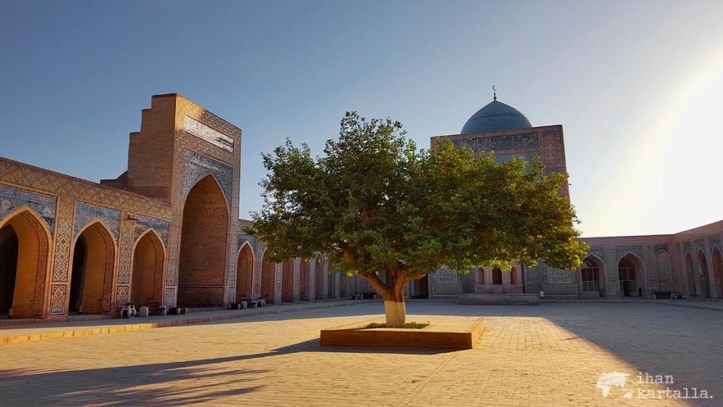 6-7 uzbekistan bukhara Kalyan Mosque