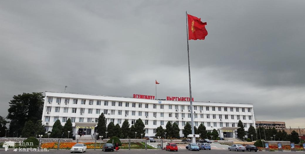 12-7 kirgisia osh banneri