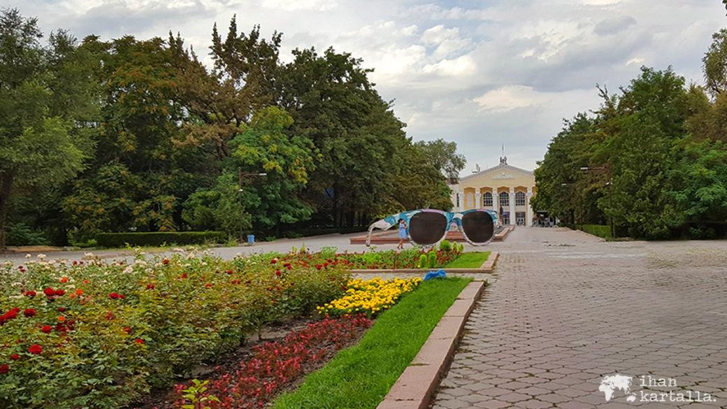14-7 kirgisia bishkek puisto