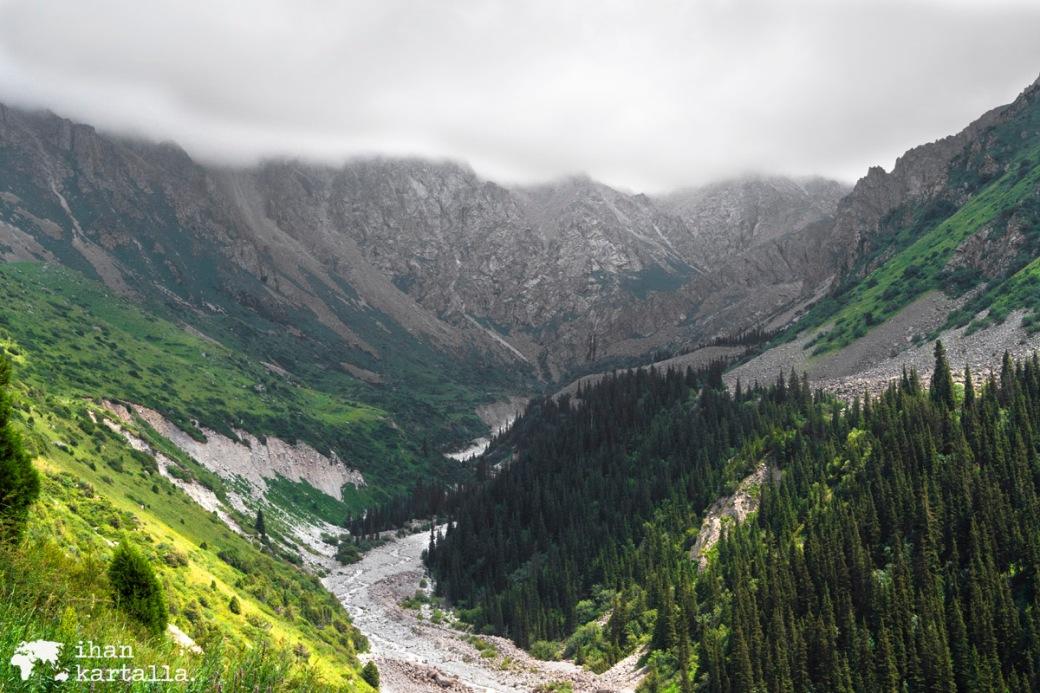 15-7 kirgisia bishek ala archa
