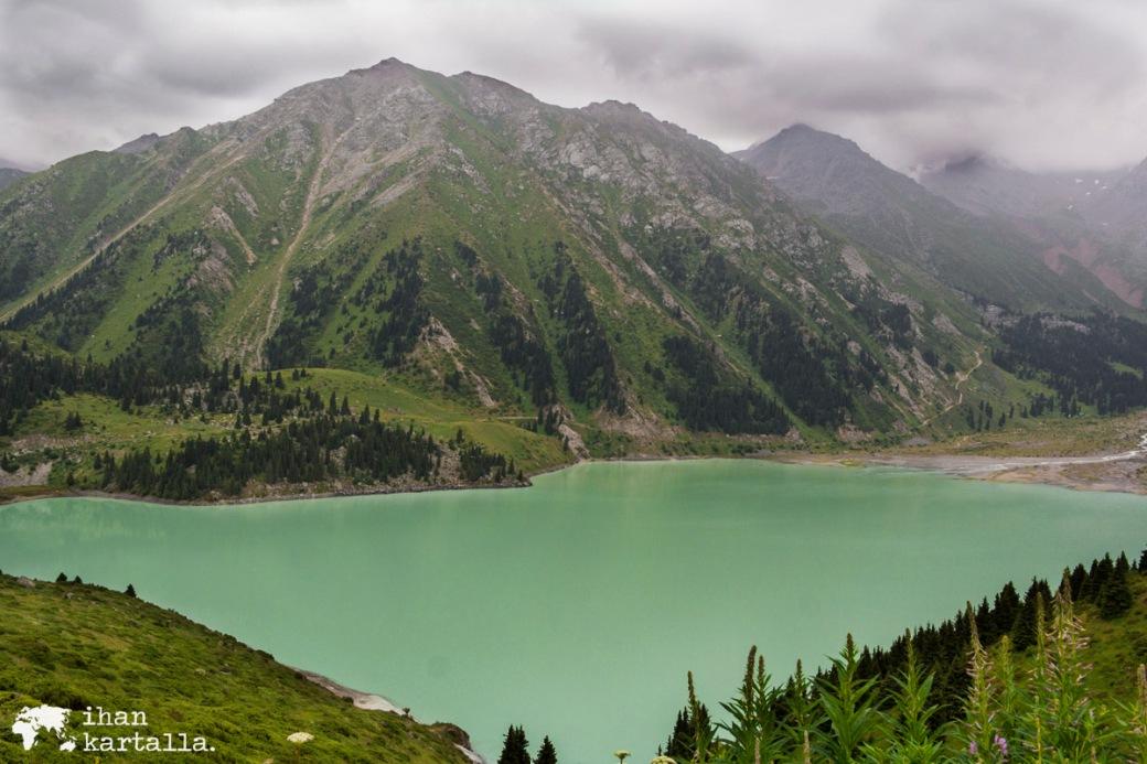 17-7 kazakstan almaty big almaty lake