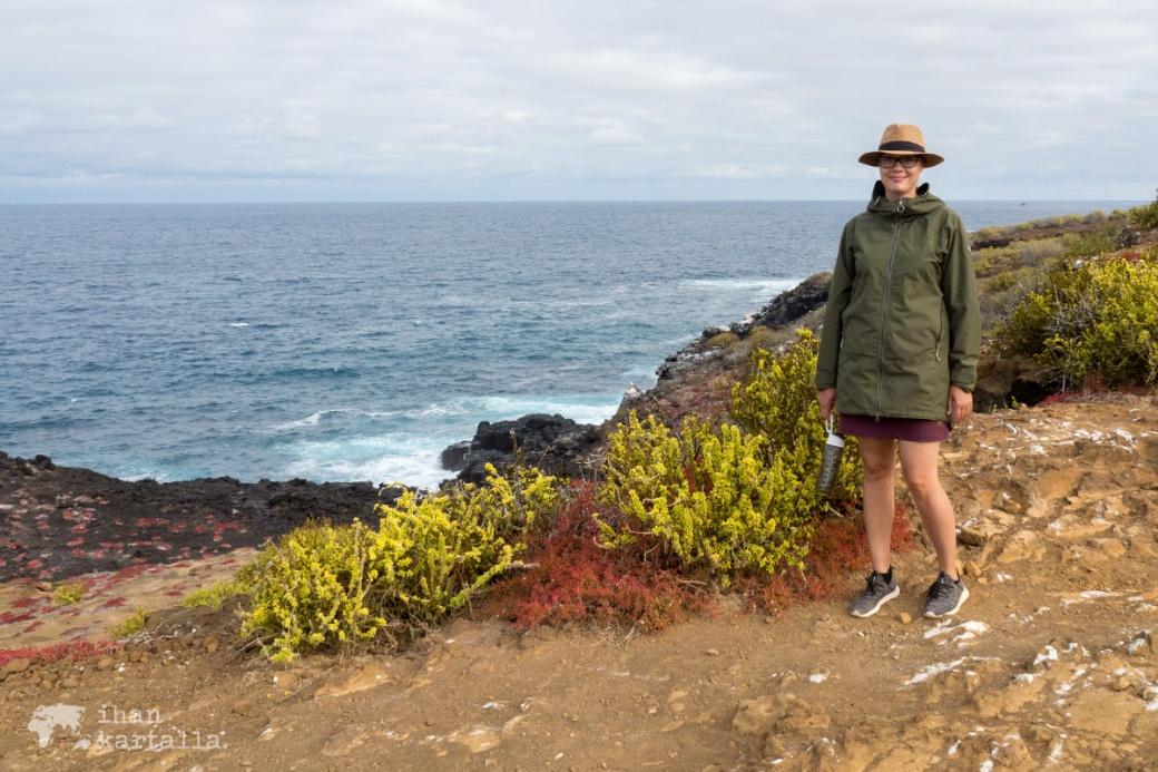 11-9-galapagos-punta-pitt-cliff2