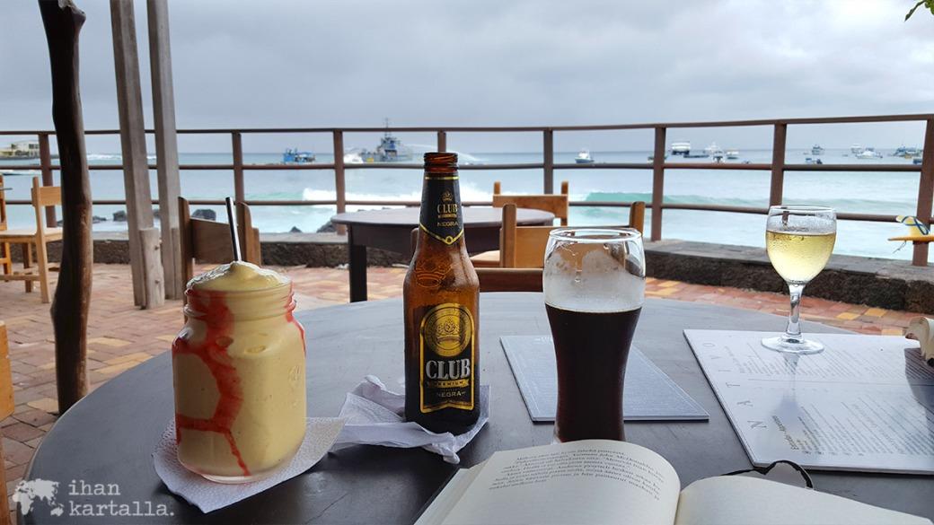 12-9-galapagos-puerto-baquerizo-moreno-break