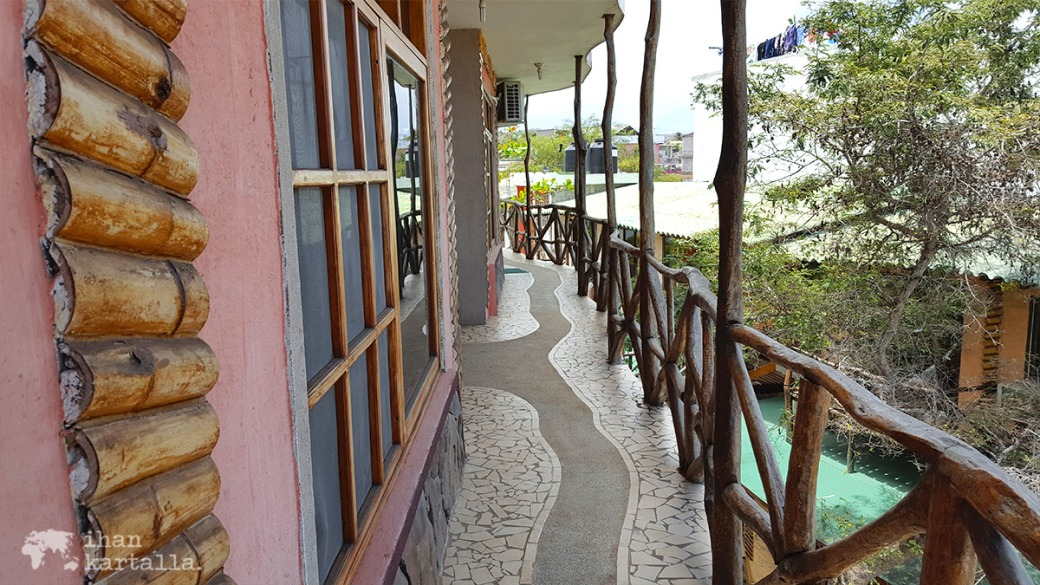 12-9-galapagos-puerto-baquerizo-moreno-hotel-miconia