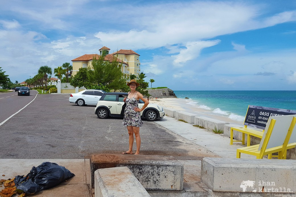 2-9-bahama-bus-stop2