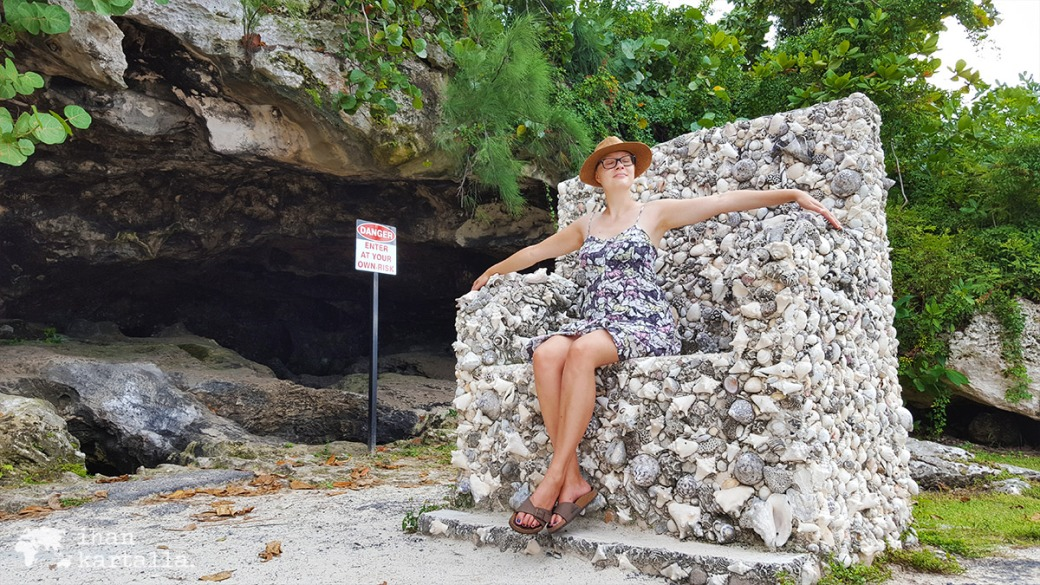 2-9-bahama-caves-throne