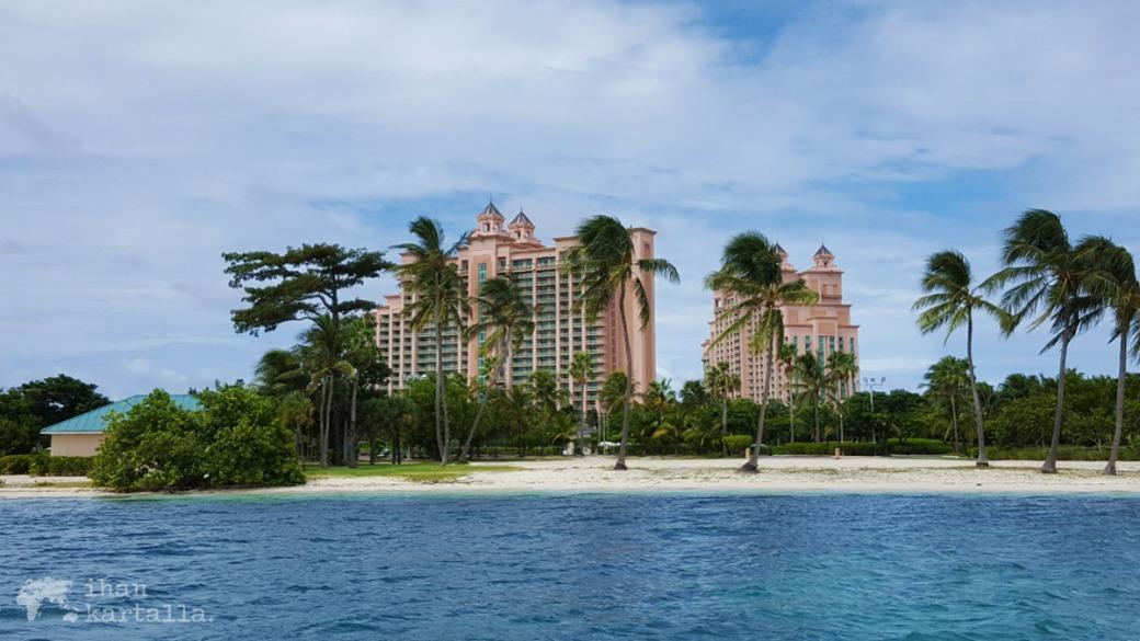 2-9-bahama-paradise-island2