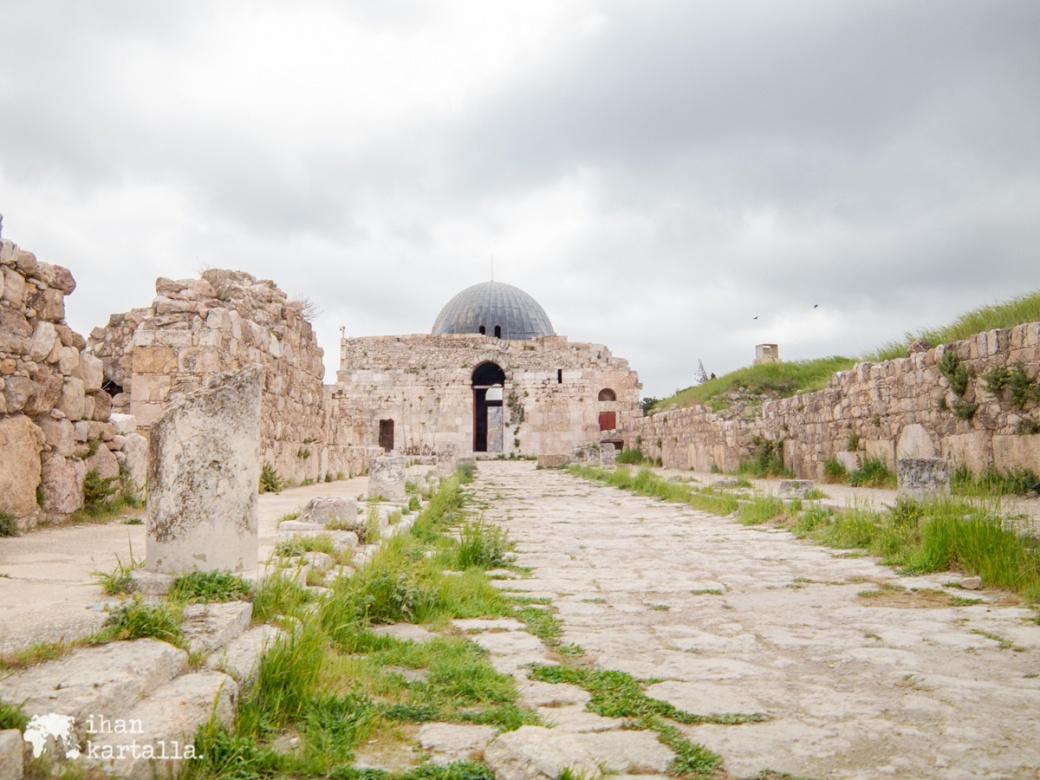 30-3-jordania-amman-citadel-ruins-4