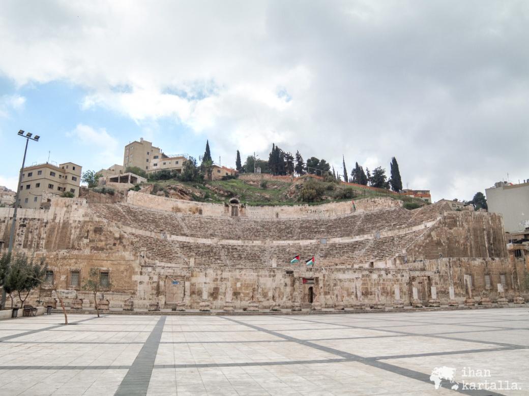30-3-jordania-amman-roman-theatre