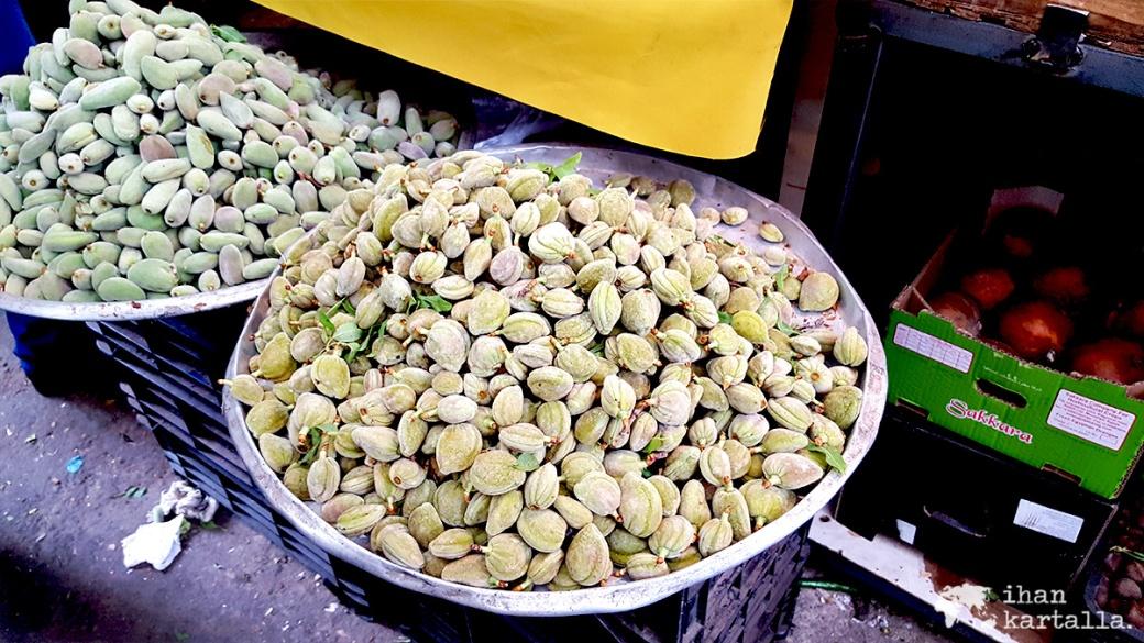 30-3-jordania-amman-souq-green-almonds