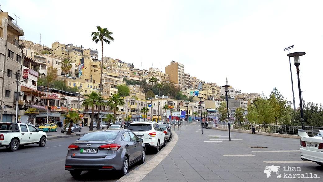 30-3-jordania-amman-street