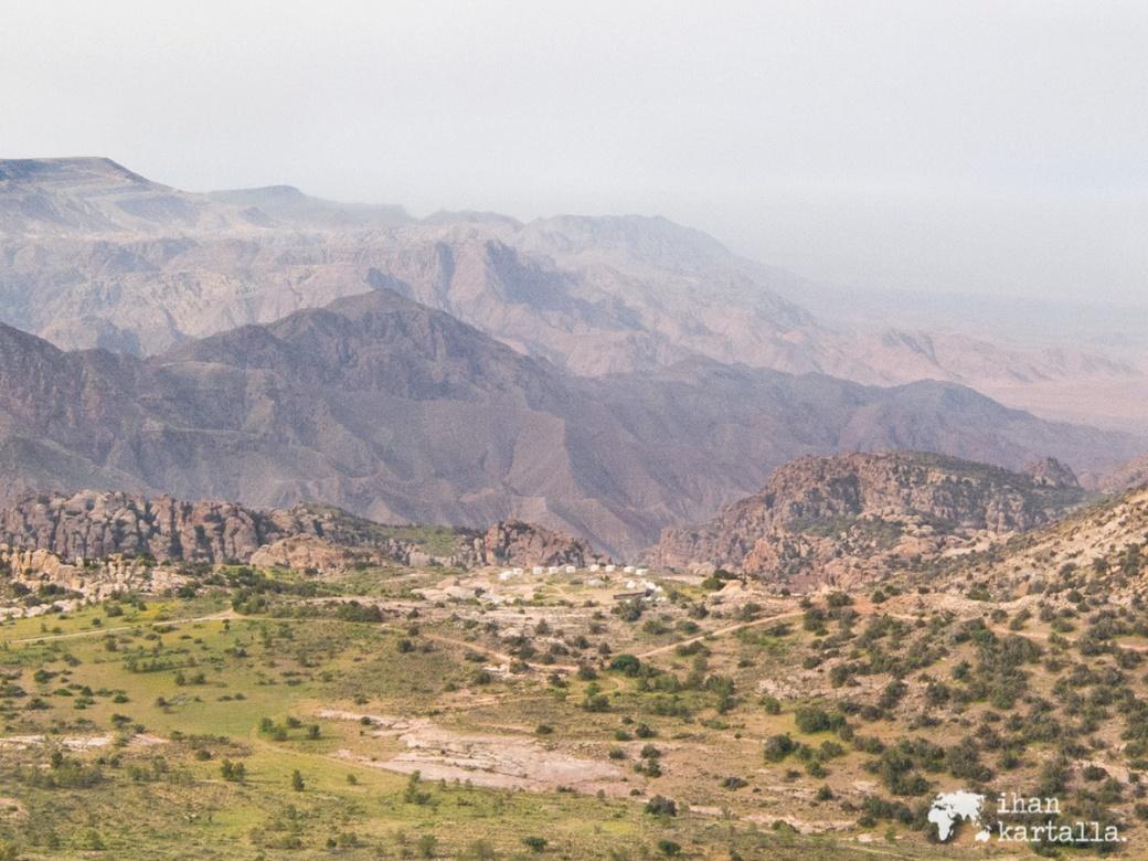 2-4-jordan-dana-biosphere-reserve-valley