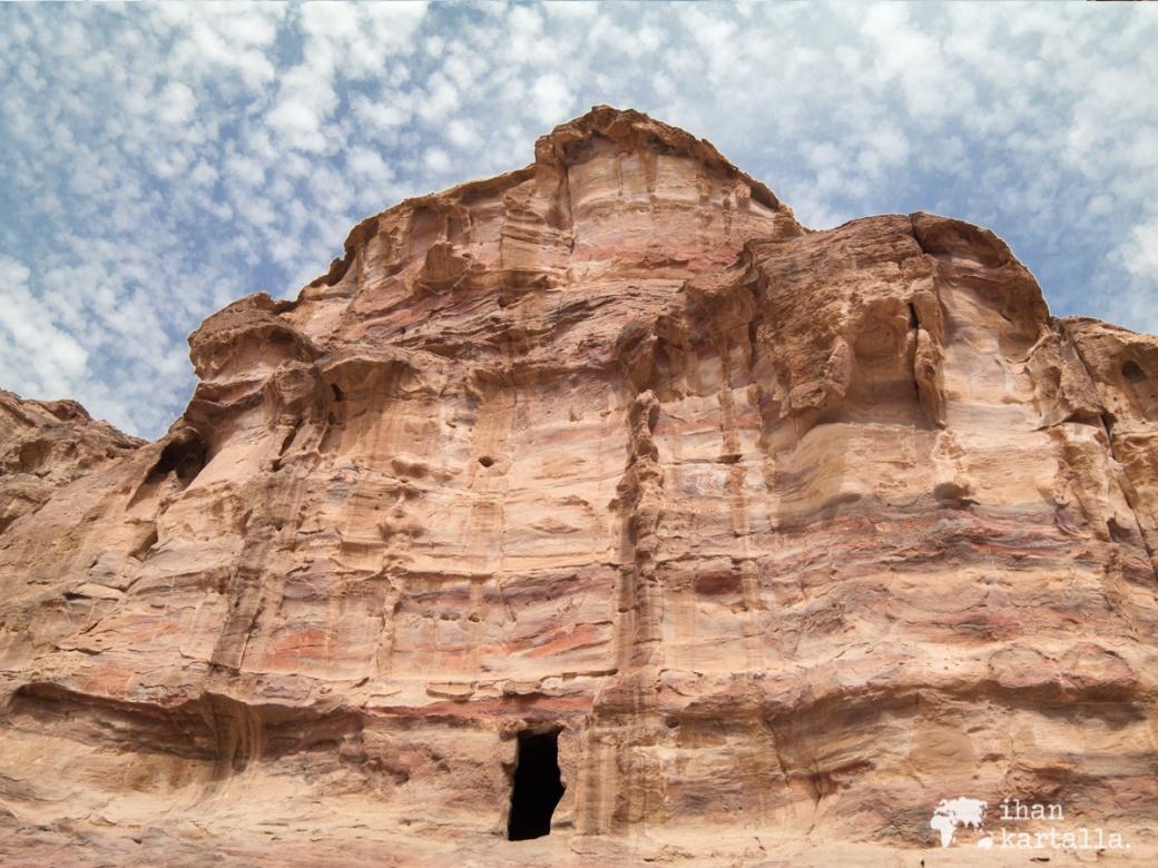3-4-jordan-petra-monastery-path-view-4